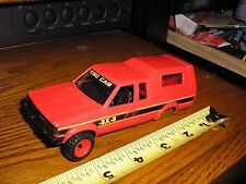 Vintage 1/32 ? 1980's Nissan 4x4 Hard Body red 4 parts restore or slot car body