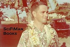 ANSCO COLOR 35mm Slide Man Wearing Hawaiian Shirt Lei Old Cars 1940s? L@@K WOW