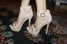 STEVE MADDEN FABLE FAWN PATENT PLATFORMS HEELS SIZE 10
