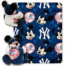 New York Yankees MLB Mickey Mouse Throw blanket + Hugger Pillow 2 pieces Set new