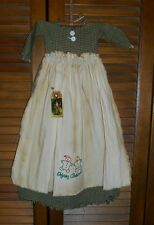 Primitive Wall Decor Dress GREEN CHECK W/ APRON Gingerbread Couple, Christmas
