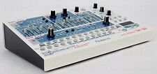 Roland SH-32 Synth DSP Effects 808 909 JP-8080 + Wie Neu + 1.5J Garantie