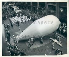 1944 Barrage Balloon Inflation WWII Bonds Promotion NYC Press Photo