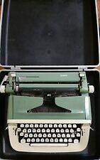 Vintage Typewriter - Royal Portable Sabre - Case