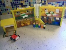 Vintage Fisher-Price Little People Collector's Item  952 House w/Cardboard Van