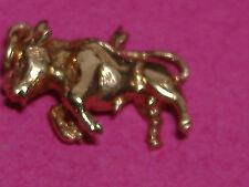 Vintage 9ct oro sólido Encanto Para Pulsera De Toro. 2.9g