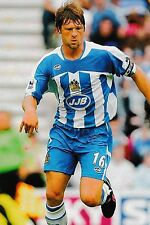 Football Photo ARJAN DE ZEEUW Wigan Athletic 2005-06