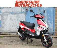 Lexmoto - Motorini GP 125cc Scooter, Commuter, Twist and Go, Finance available