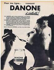 PUBLICITE ADVERTISING 044 1962 Pour ma ligne Yoghourt DANONE à volonté
