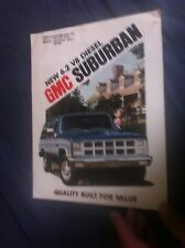1982 GMC Suburban Color Brochure Catalog Prospekt