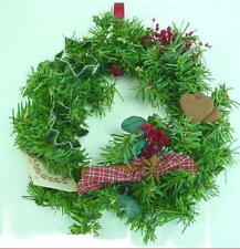 CHRISTMAS WREATH - COOKIE CUTTER WITH HEARTS (NEW)