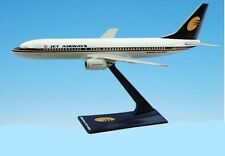 Flight Miniatures Jet Airways Boeing 737-8 Desk Top Display 1/200 Model Airplane