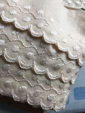 """Antique Trim Hand Embroidered Scalloped Old Stock 3 Yard X 2""""1/2 Excellent"""
