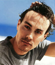 Brandon Lee UNSIGNED photo - D2135 - SEXY!!!!!