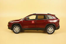 1/18 new Jeep Cherokee dark red color diecast model