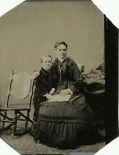 CIVIL WAR ERA TINTYPE PHOTO PORTRAIT OF MOTHER AND SON HOLDING BOOK