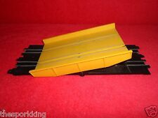 Matchbox Speedtrack Race and Chase Set Slot Car Tilting Tip Tipping Bridge Ramp