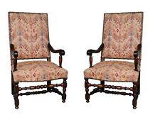 fauteuils style Louis XIII noyer feuilles acanthes