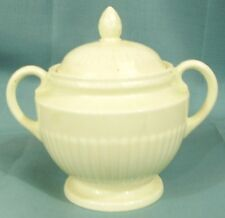 Wedgewood of Etruria and Barlaston EDME sugar bowl with lid cream color