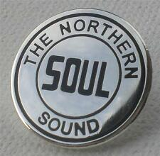 NORTHERN SOUL BADGE - THE NORTHERN SOUL SOUND - SILVER PLATE
