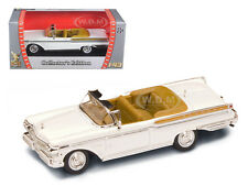 1957 MERCURY TURNPIKE CRUISER WHITE 1/43 DIECAST MODEL BY ROAD SIGNATURE 94253