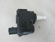 Stellmotor LWR  Mitsubishi Carisma DA  Bj.95-06  007282-32