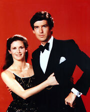 Remington Steele [Cast] (37094) 8x10 Photo