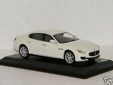 MASERATI QUATTROPORTE GTS WEISS WhiteBox 1/43  Ref WBS026