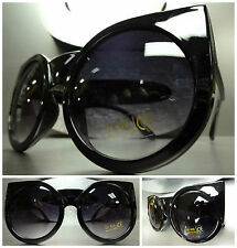 OVERSIZE EXAGGERATED VINTAGE 60's Cat Eye STYLE SUN GLASSES Glossy Black Frame