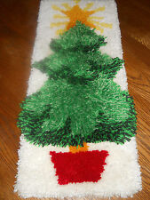 Christmas Tree w/STAR Topping  Latch Hook Rug Completed Wall Hanging Decoration
