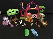 My Little Pony Applejack Sweet Apple Barn Farm Playset with Ponies
