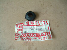 GENUINE KAWASAKI NOS S1 S2 Z1 KH FITS LOADS OF MODELS GROMMET GROMET 92071 019