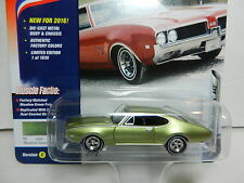 2016 Johnny Lightning *MUSCLE CARS USA 2C* Green Olds Oldsmobile Cutlass 442 NIP