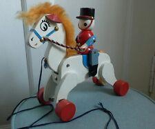 """Vintage Caballo de Madera Tire a lo largo de soldado de juguete/Equitación 8"""" De Alto"""