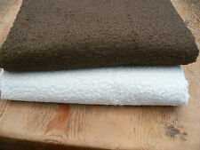 New Viscose 1/8 Metre, Crushed 5 mm Pile (Bottom One, White)