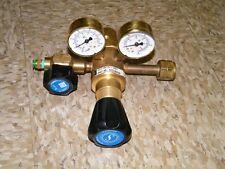 scott specialty gases regulator, model 51218B350 gas argon helium gauge oxygen