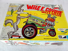Vintage 1972 MPC Wile E. Coyote Willys no.1-2651-225 model kit box & parts