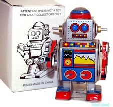 Vintage Style Wind Up Walking Space Robot Mechanical Clockwork Tin Toy