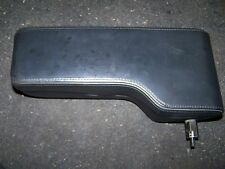 Audi V8 D11 Mittelarmlehne Leder schwarz