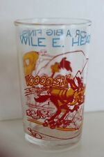 Vintage 1974 Warner Brothers WILE E. HEADS FOR A BIG FINISH! Roadrunner Glass