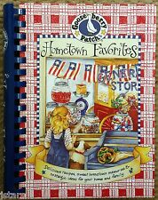2000 GOOSEBERRY PATCH HOMETOWN FAVORITES COOKBOOK, RECIPES, DECORATING
