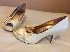 Ivory Wedding Shoes. Size 5. Never Been Worn But Has Slight Marks Shown Photos