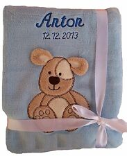 Babydecke hellblau Hund mit Namen bestickt Baby Decke Taufe Geburt Geschenk Name