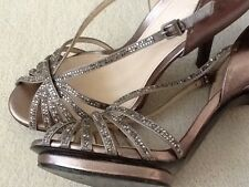 "Women's Shoes - Pelle Moda Pewter 4 1/2"" Heel 1"" Platform Size US 9M $124.99"