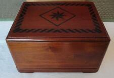 Mahogany Wood Adult Cremation Urn Inlaid Pattern Velvet Urn Bag For Ashes