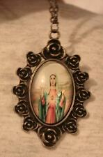 Handsome Rose Rimmed Immaculate Heart of Mary Blessings Cameo Brasstone Necklace