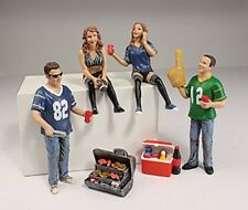 1/18 American Dioramics 77733 - Tailgater 4-Pack Figure set with cooler & grill