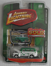 "Johnny Lightning - ´50 / 1950 Chevy Suburban ""St. Patrick´s Day"" Neu/OVP"