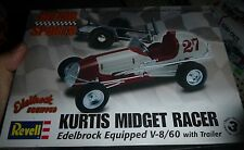 REVELL KURTIS MIDGET W/TRAILER EDELBROCK V8/60 FORD 1/25 Model Car Mountain KIT