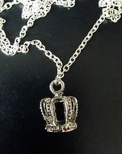 Alice In Wonderland Queen Alice Crown Pendant Silver Necklace Goth Looking Glass